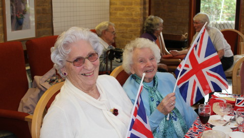 Residents celebrate 70th anniversary of VE Day