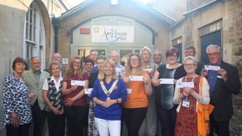£25,000 bonanza for local groups