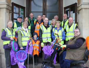 Volunteers get set to tidy the town on Sunday morning