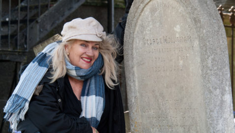 Australian woman flies around the world to visit ancestor's grave