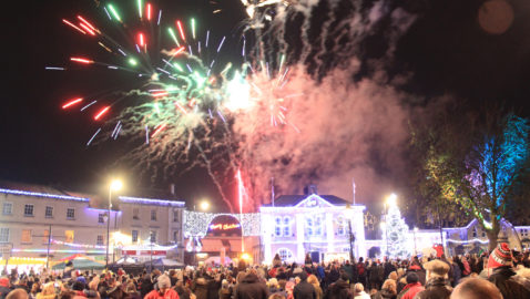 """""""Amazing! Christmas lights volunteers give Melksham a show to remember!"""""""
