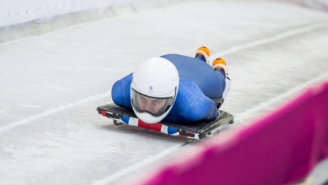 Laura Deas out-slides Olympic champion in training runs as she     goes for Gold!