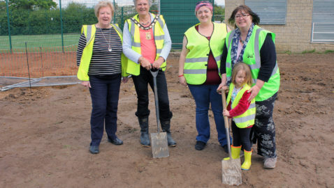 Work begins on new splashpad at King George V playing field